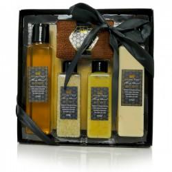 Zestaw kosmetyków BEEING TRUE: balsam+żel+peeling+sól do kąpieli+ręcznik